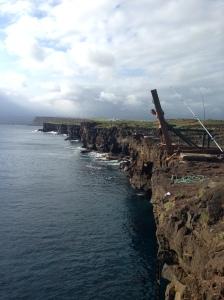 South Point, um dos melhores lugares para Cliff Jump da ilha. O Fe pulou, eu amarelei. rs